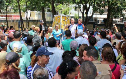 Bernal: Venezuela es víctima de un bloqueo económico desde el exterior