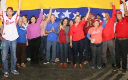 Freddy Bernal presentó junto a la gobernadora Meléndez nueve candidatos a las alcadías en Lara