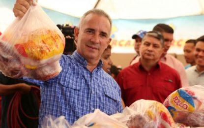 Bernal: Ferias del Campo Soberano garantizan unas navidades felices