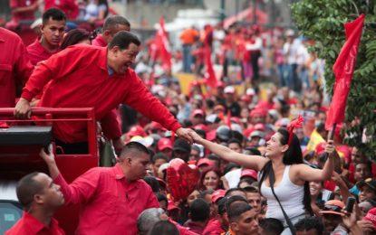 Comandante Chávez sigues siendo luz