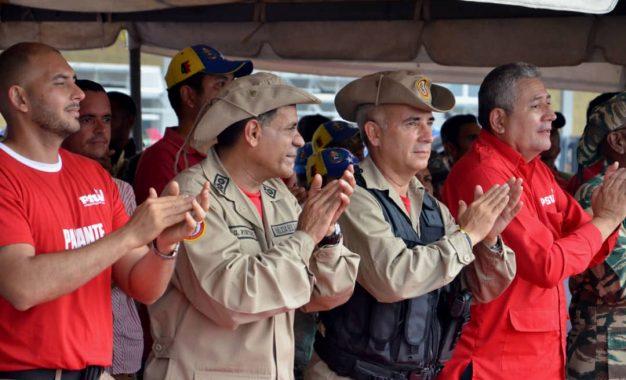 """Bernal: """"Colombia es colonia norteamericana mientras Venezuela es libre y soberana"""""""
