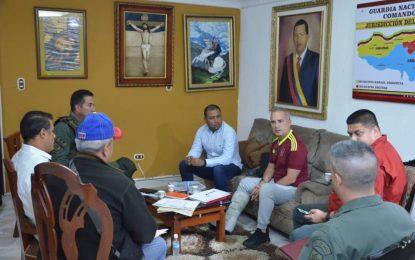 Bernal desmiente que fue secuestrado por paramilitares colombianos