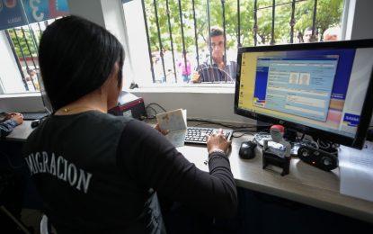 Policía Migratoria controlará el paso en la frontera con Colombia