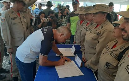 Militares de la frontera colombo- venezolana se suman a la campaña internacional #NoMoreTrump