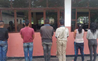 Capturan 7 paramilitares de Los Rastrojos y rescatan a menor de edad