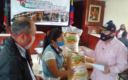 57 productores de Cárdenas reciben semillas de maíz certificadas
