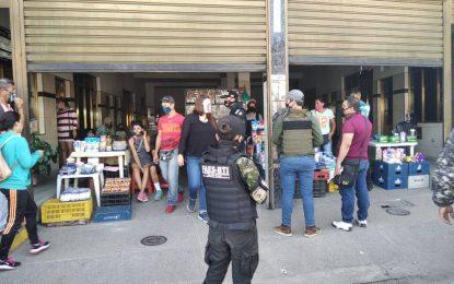Gabinete de Seguridad cierra locales del Mercado de Rubio por evadir las normas
