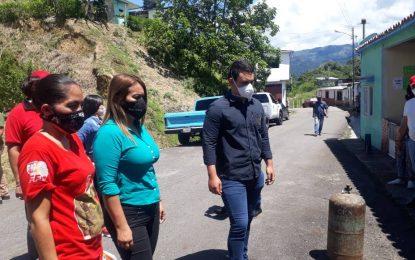 Comuna el Sueño de Chávez y Gas Táchira atienden familias del punto y círculo