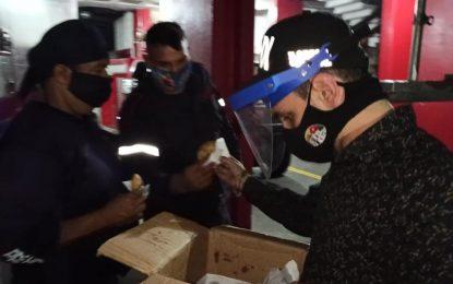 Concejo Municipal de San Cristóbal reconoce esfuerzo del personal médico y de seguridad
