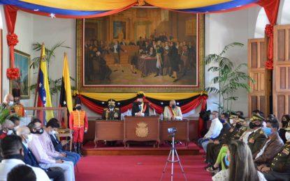 Tachirenses celebran 156 años de su primera Constitución
