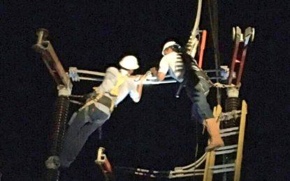 Personal operativo del Táchira repara avería en la subestación Uribante