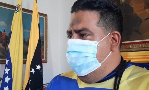 """Parada: """"La ley Constitucional Antibloqueo permitirá la recuperación económica del país"""""""