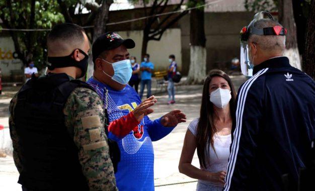 Candidatos explican a los tachirenses Ley Antibloqueo