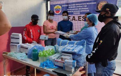 """Protectorado abastece de fármacos Consultorio de Cárdenas y Farmacia de Michelena"""""""