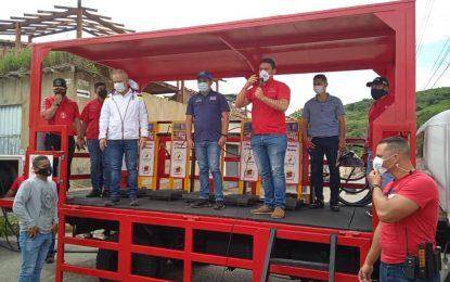 Operativa cisterna Pulpo de gas en comunidades afectadas de Junín