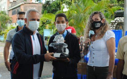 Dotan de herramientas a estudiantes de educación media técnica del Táchira