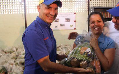 Rutas Navideñas Agrourbanas distribuyen combos de hortalizas a través de los CLAP
