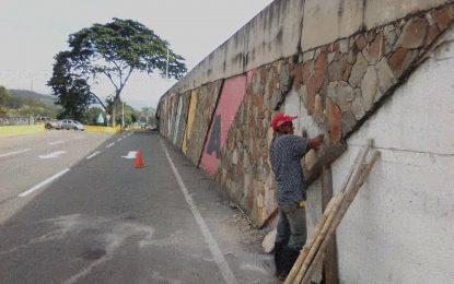 Gabinete de Infraestructura embellece elevado de Puente Real