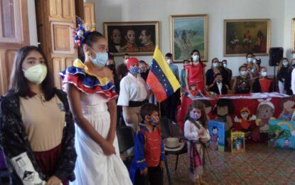 """Lanzan en Táchira Reto Estudiantil """"Por amor y lealtad a la patria"""""""