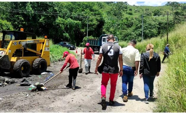 Desplegada jornada de recolección de desechos en Barrancas del municipio Cárdenas