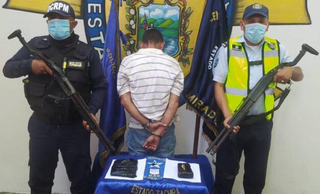 Politáchira detuvo a un sujeto con envoltorios de presunta droga