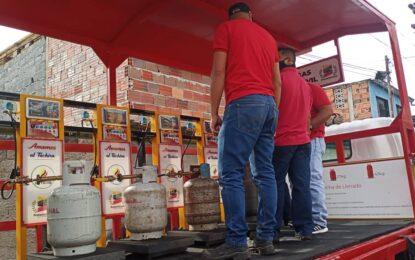 Con camión cisterna 'pulpo' Gas Táchira benefició a las familias de la parroquia San Sebastián
