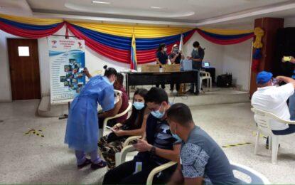 Con 6 mil vacunas chinas Órgano Superior del Transporte inicia jornada para el sector